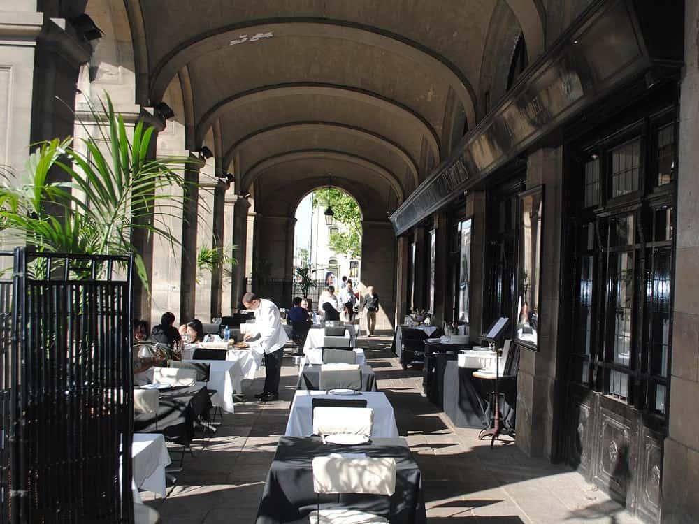 Restaurant 7 portes barcelona navigator for 7 portes barcelona menu