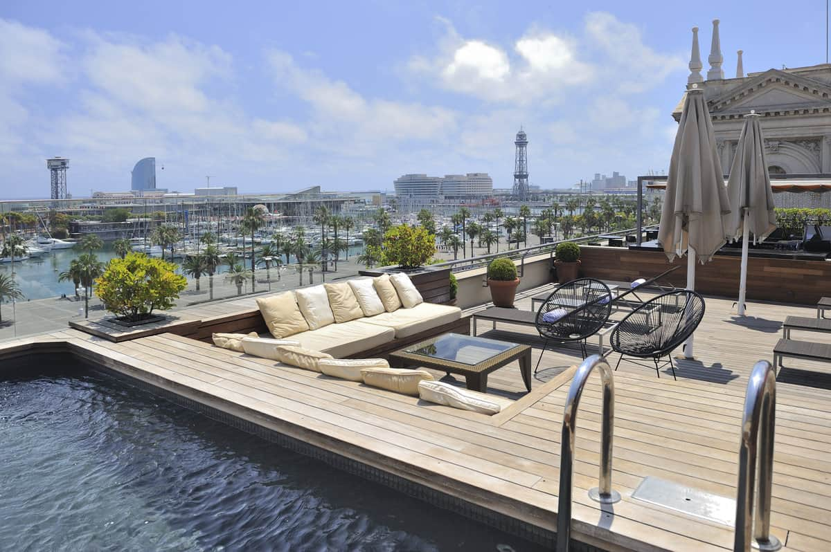 Top 22 roof terraces in barcelona barcelona navigator for Hotel de paris barcelona
