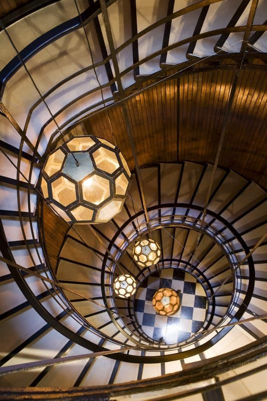 Cotton house hotel barcelona navigator for Spiral staircase house