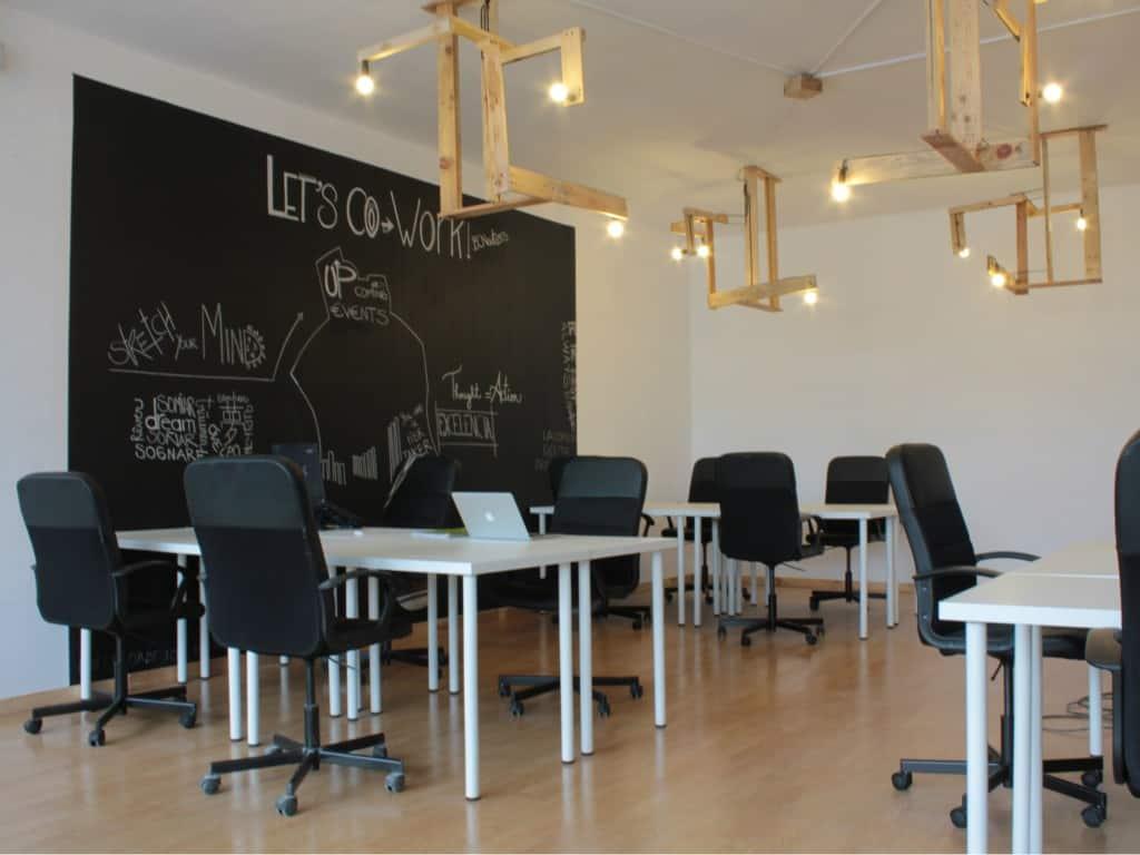 Sala Pizarra BCNewt Barcelona Coworking Space