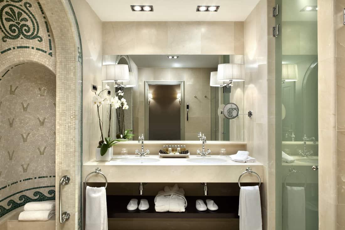 El Palace Hotel Barcelona Bathroom