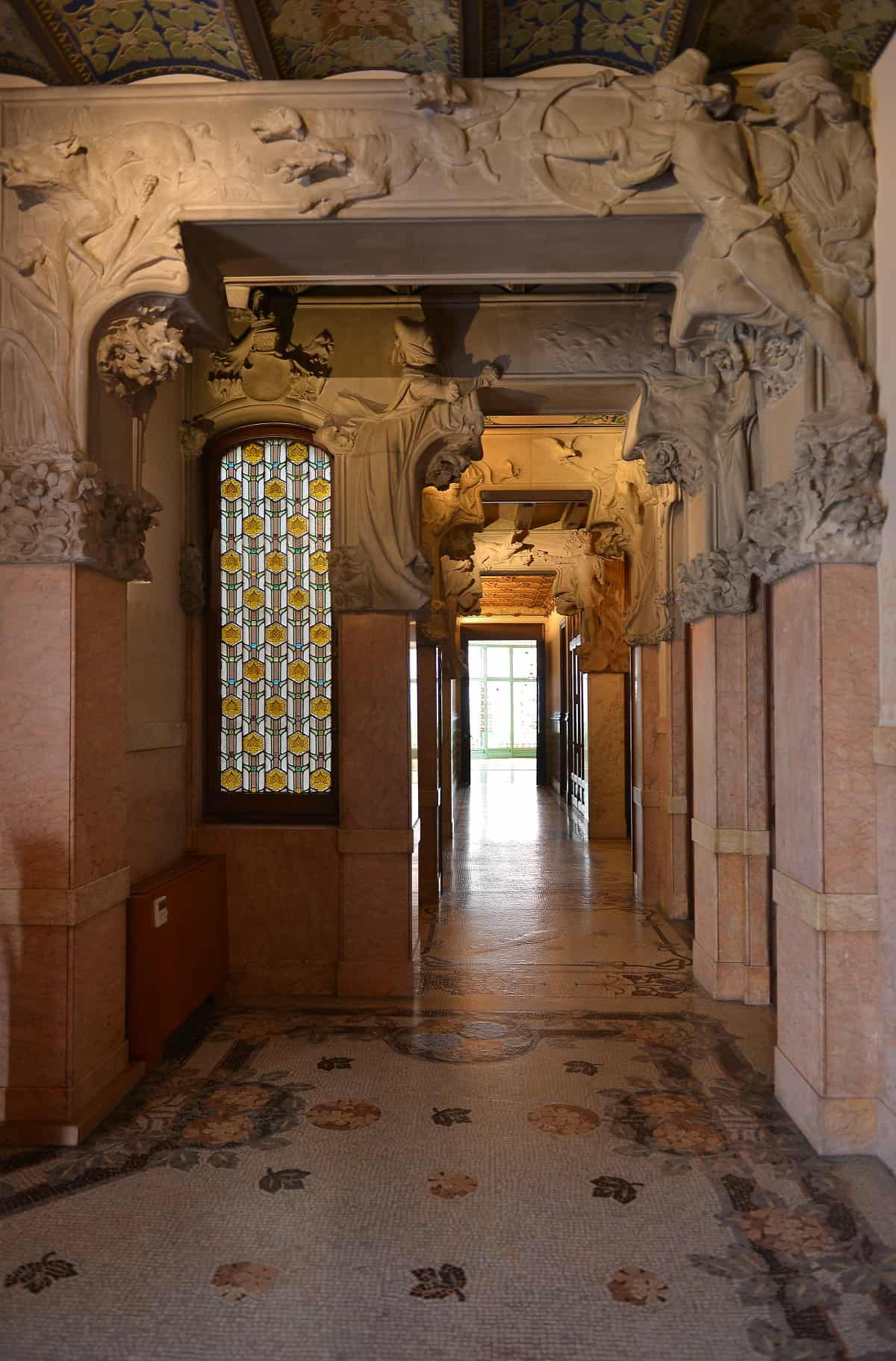 Casa Lleó i Morera Hallway