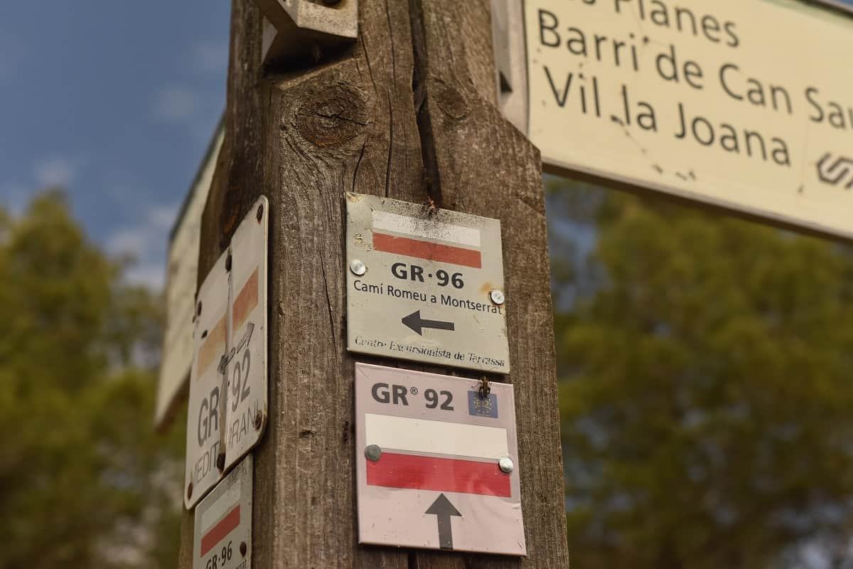 GR 96 trail signs