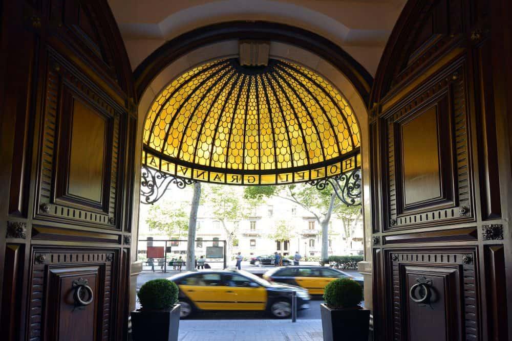 Hotel Granvía Entrance