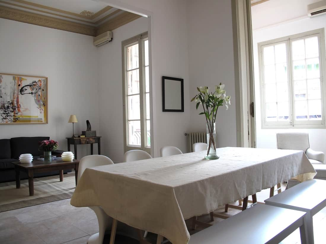 Ronda Sant Pere Apartment Dining Area