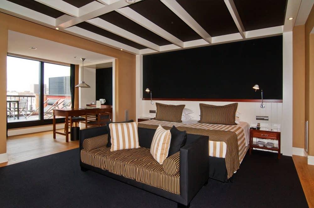 U232 Hotel Room