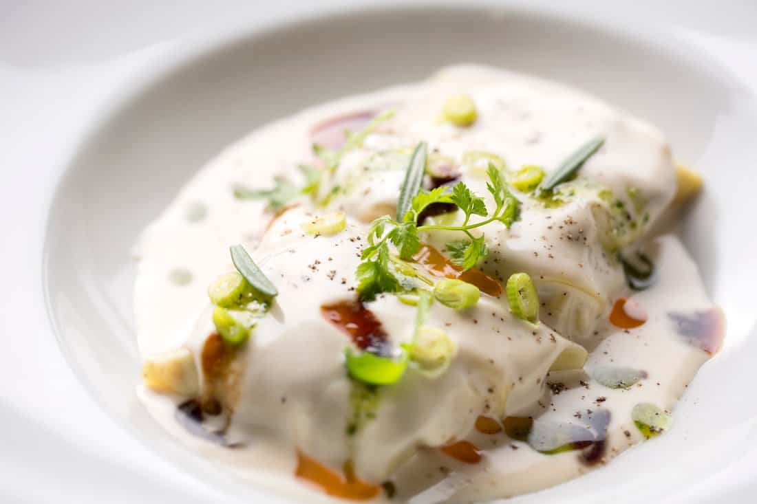 Santa Gula Restaurant: Lamb neck cannelloni with our bechamel