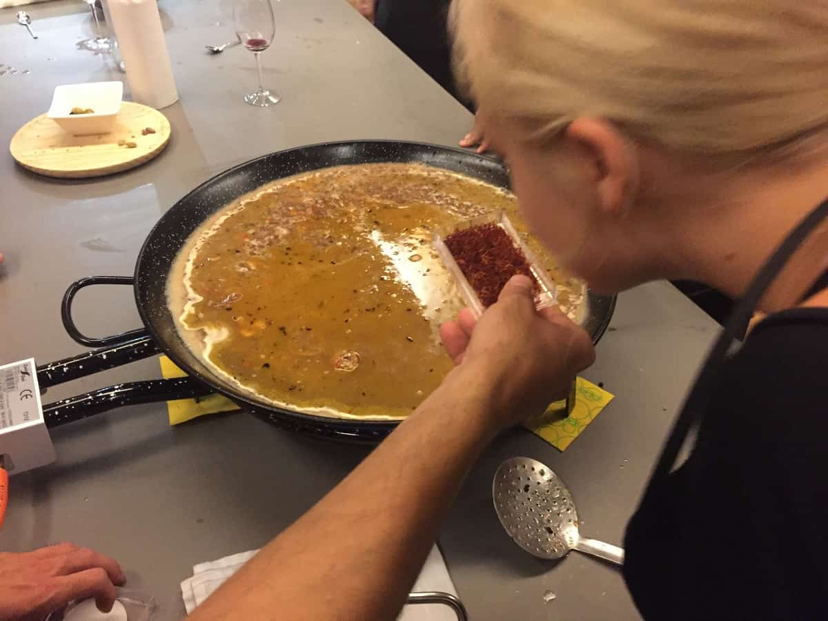 Born to Cook Paella