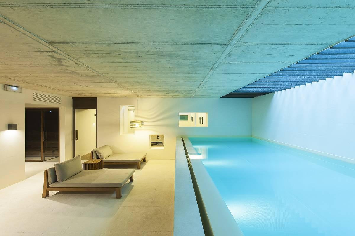 Alma Barcelona Pool