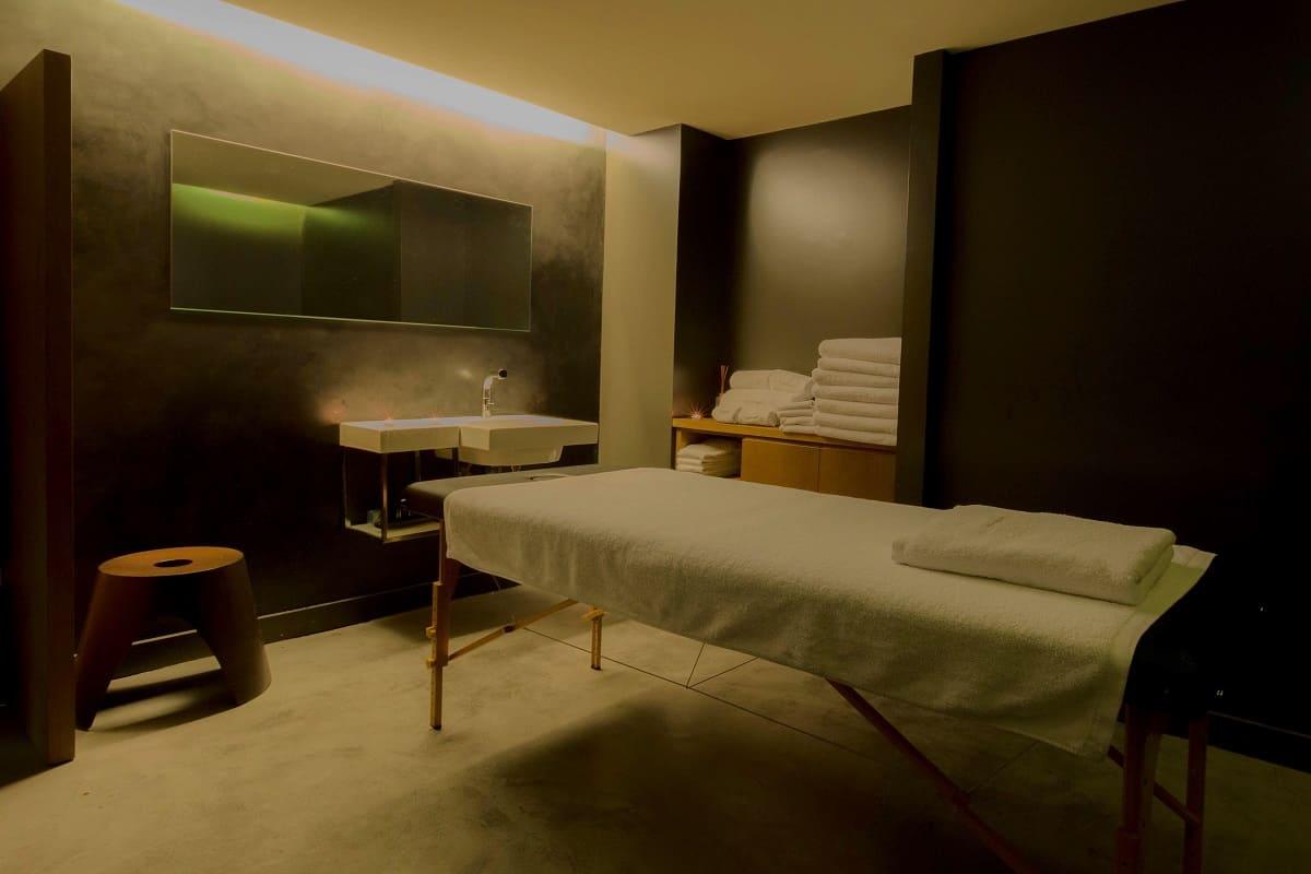 Alma Barcelona Massage Room