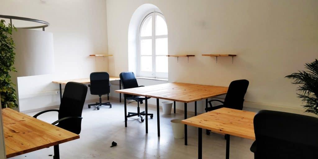 Barcelona Desk Rental Sants