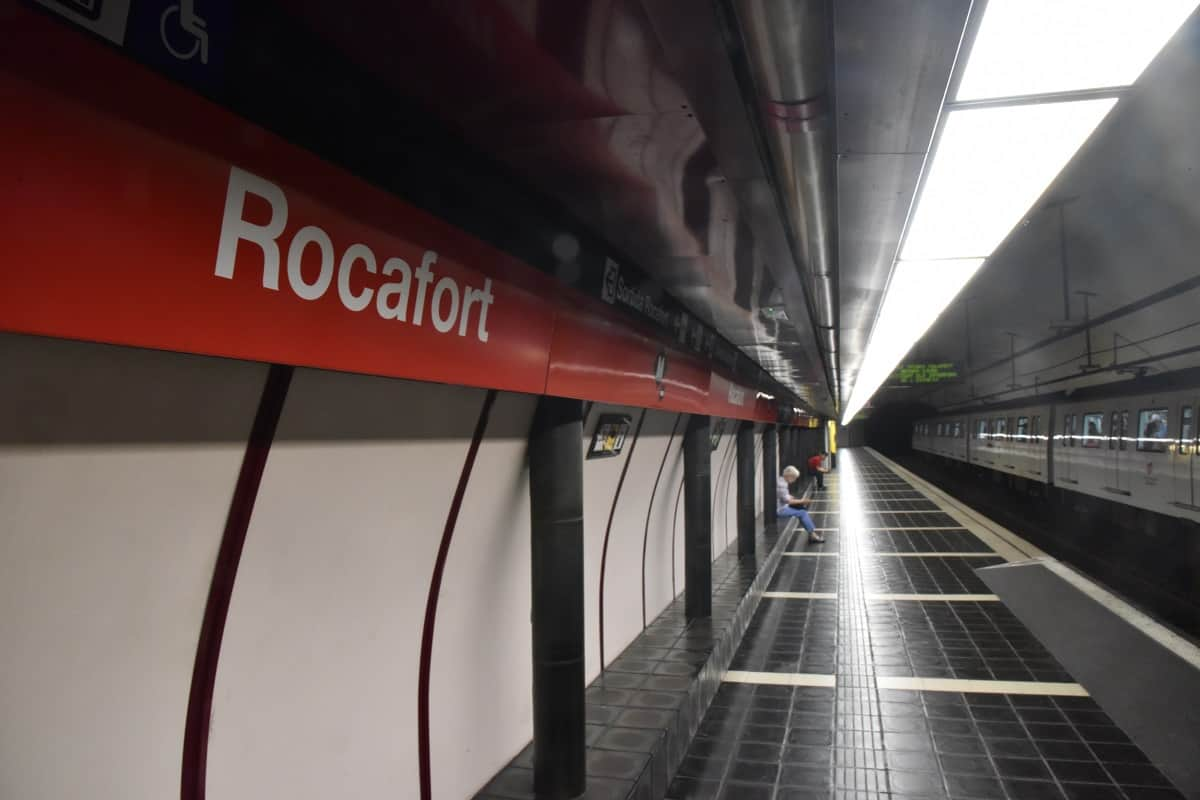 Rocafort Metro Station